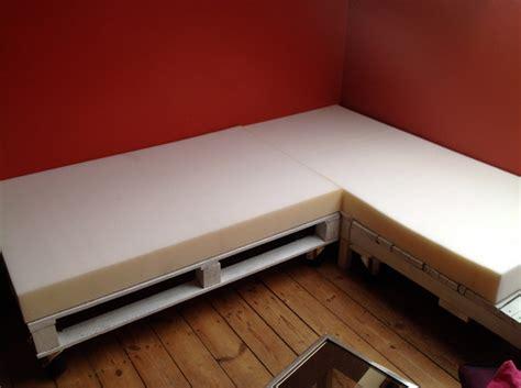 canape palette canape en bois de palette mzaol com