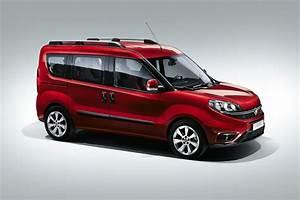 Fiat Doblo : 2015 fiat doblo pricing starts at 13 480 autoevolution ~ Gottalentnigeria.com Avis de Voitures