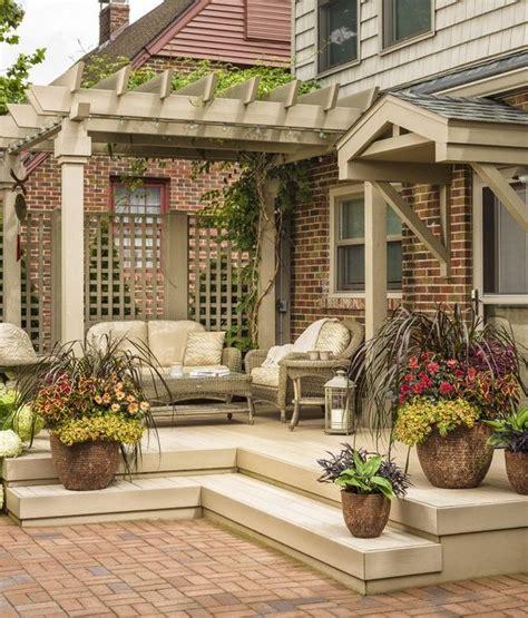 Backyard Retreats Ideas by Best 25 Backyard Retreat Ideas On Corner