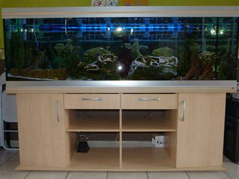 aquarium a vendre pas cher a vendre aquarium rena 600 l et meuble
