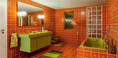 sichtschutz dusche garten quot das bad der 70er jahre quot bei hansgrohe in schiltach