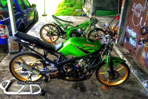 Gambar Motor Triumph by 44 Foto Gambar Modifikasi Motor Rr Drag Bike Racing