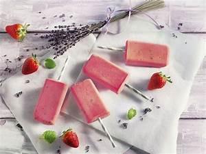 Lavendel Tee Selber Machen : erdbeer lavendel eis mit zitronenmelisse sommerfest ~ Frokenaadalensverden.com Haus und Dekorationen