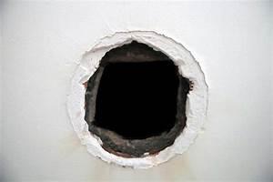 Reboucher Trou Mur Placo : comment reparer des trous dans le placo ~ Melissatoandfro.com Idées de Décoration