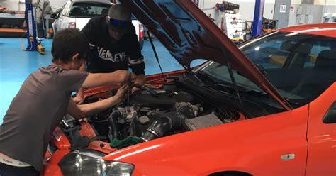 Mechanic Apprenticeship Information | Apprenticeship Careers - Apprenticeship Careers Australia
