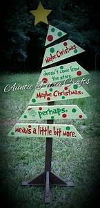 1000 ideas about Pallet Christmas on Pinterest