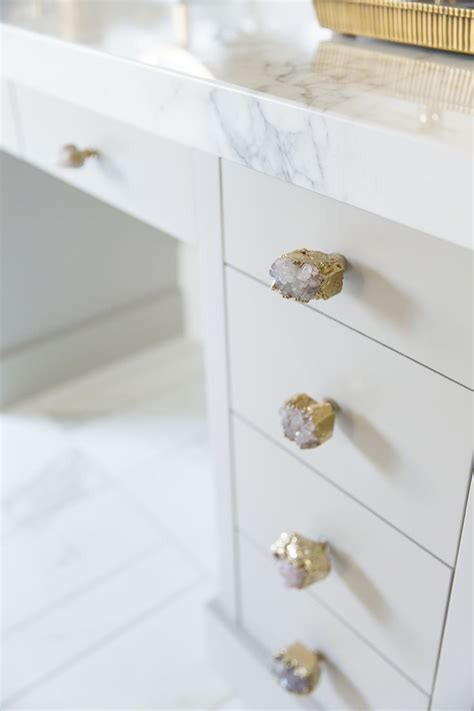 Knobs And Pulls Ideas by 25 Best Ideas About Drawer Knobs On Knobs And