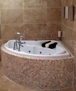 Badewanne Für Kleines Bad : badewanne fuer kleines bad das beste aus wohndesign und ~ Michelbontemps.com Haus und Dekorationen