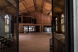 A Look Inside Mike Tyson's Abandoned Party Mansion | Others