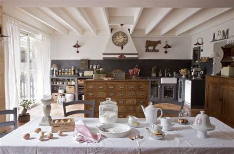 cuisine style romantique aménagement de cuisine galerie photos de dossier 92 380