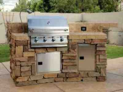 backyard grill south 17 best images about outdoor kitchens and fireplaces on