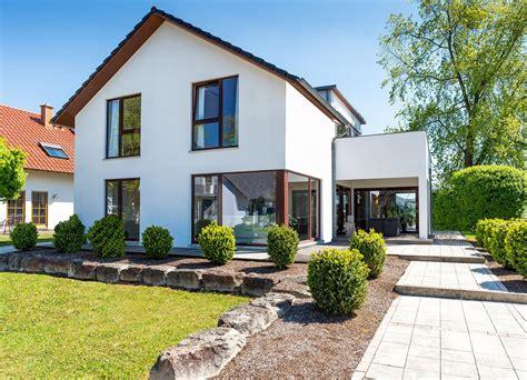 Verschiedene Haustypen Beispiele by Ti Team Immobilien Massivhaus Gmbh Einfamilienh 228 User