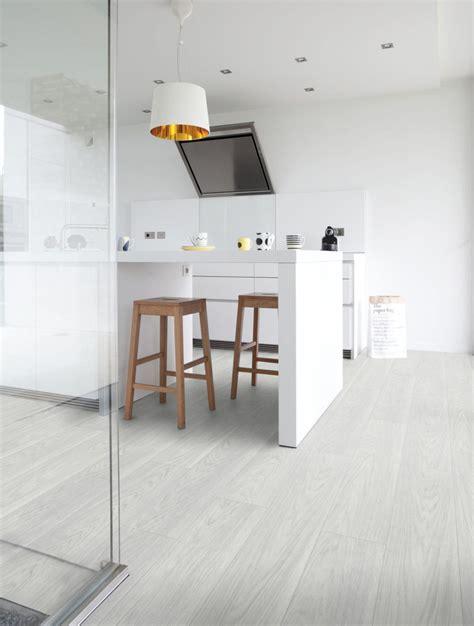 sols cuisine sols de cuisine prparez la dalle autoadhsive peindre du