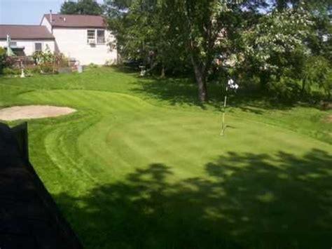 Backyard Golf Drills by Building A Backyard Putting Green Backyard