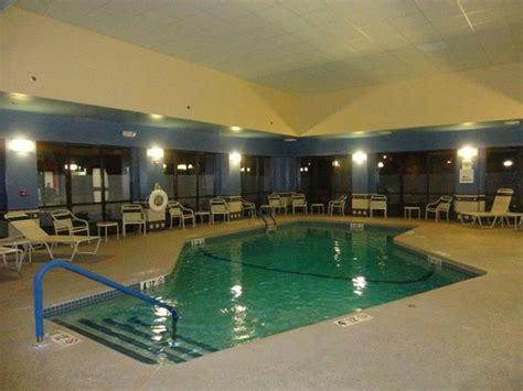 garden inn waltham hotel pool picture of garden inn boston waltham
