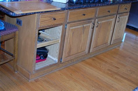 chalk paint kitchen island diy chalk paint kitchen cabinet makeover hometalk 5217
