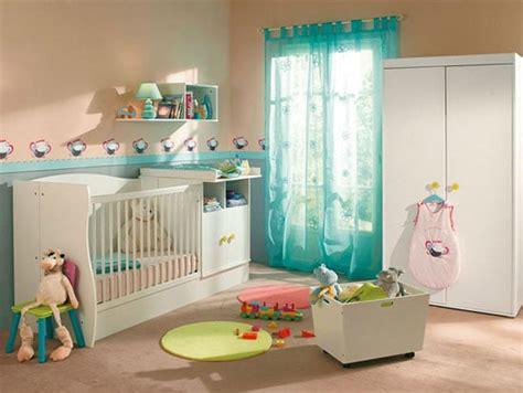 comment agencer une cuisine une déco de chambre turquoise pour bébé garçon