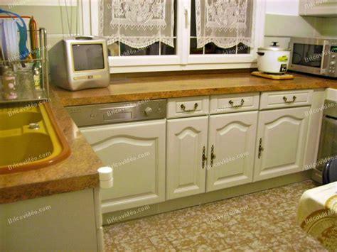 comment peindre meuble cuisine table rabattable cuisine peindre meuble cuisine en bois