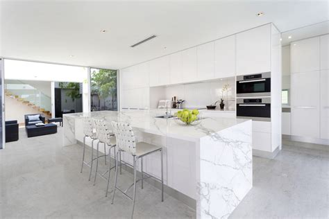 quartz countertops that look like marble contemporary