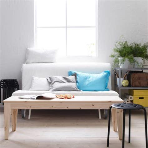 Ikea Schlafsofa Ps by Ikea Bank Als Couchtisch Vor Ikea Ps 2er Bettsofa Mit