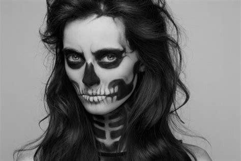 skelett schminken frau schminke als auf der