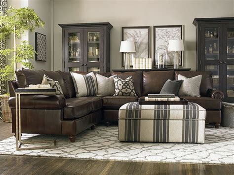 Brown Leather Sectional Living Room Ideas by Best 25 Leather Sectional Sofas Ideas On Pinterest