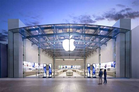 apple s for real now an apple store may finally be opening in