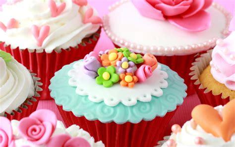 decorazioni torte pasta di zucchero fiori 7 cupcake decorati con fiori foto torte al cioccolato