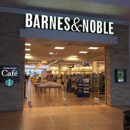 barnes and noble starbucks barnes noble bookstore 12 photos 25 reviews
