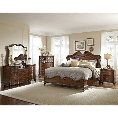 Marisol Brown 6piece Queen Bedroom Set
