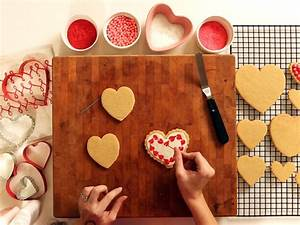 8 Twists on Traditional Valentine's Day Gifts | HGTV's ...