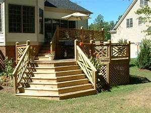 Small deck ideas with nice side panels Outdoor Decor