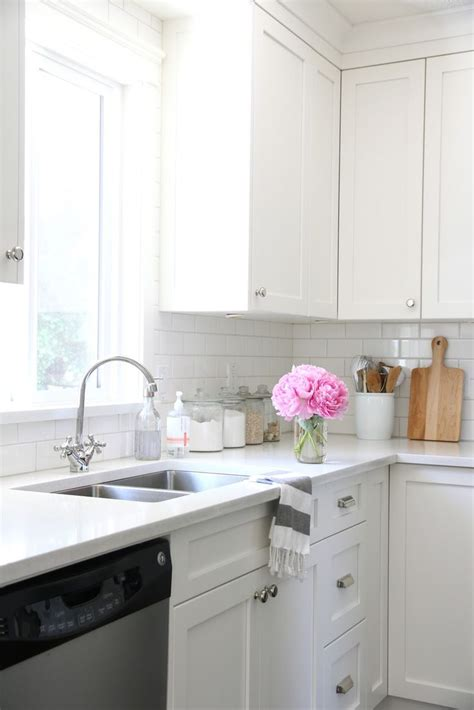 images for kitchen cabinets 25 best ideas about all white kitchen on 4619