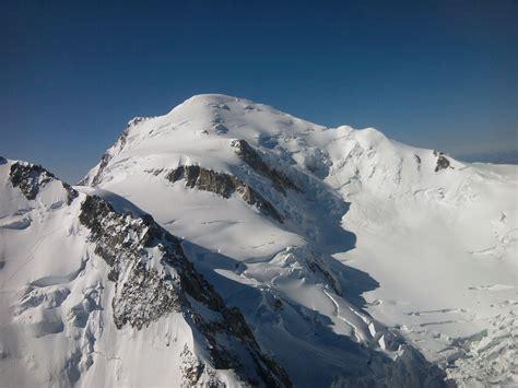 mont blanc 4810 m la t 234 te dans les nuages