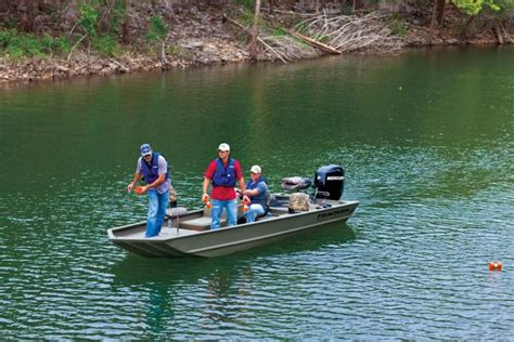 Grizzly Boat Specs by Research 2012 Tracker Boats Grizzly 1754 Sc On Iboats