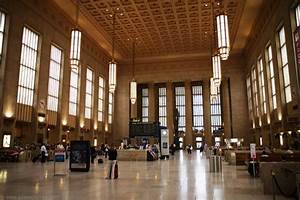 Top 5 Spectacular Train Stations - Akademi Fantasia Travel
