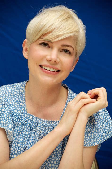 hottest hairstyles  blonde hair women hairstyles