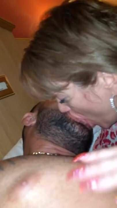 Homemade 2 Milf Sluts Licking Ass Spit Kissing Latino