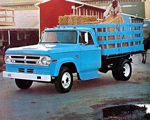 1970 Dodge Stake - Information And Photos