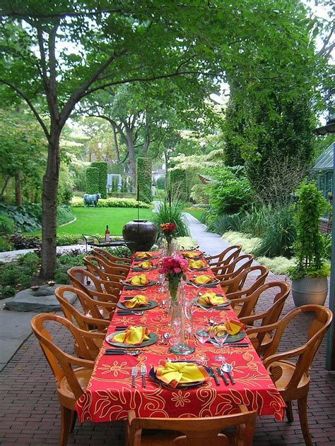 thanksgiving outdoor table decorations 15 outdoor thanksgiving table settings for dining alfresco