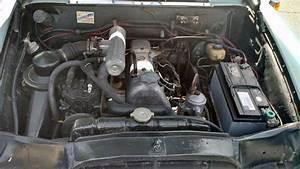 Cold A  C  U0026 Three Pedals  1967 Mercedes Benz 200d
