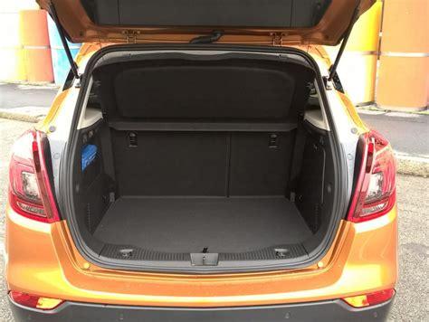 Nuova Opel Mokka Interni - opel mokka x gpl tech prova su strada panoramauto