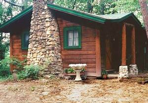 Green trim for cabin on pinterest for Honeymoon cabins in arkansas