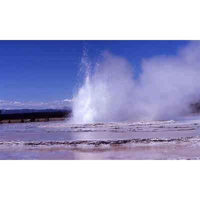 Yellowstone Geysers: Great Fountain Geyser - AllTrips