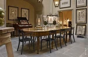 decoration de salle a manger des chaises colorees With salle À manger contemporaineavec chaises colorees
