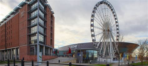 hotels  liverpool city centre jurys inn stay happy