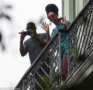 Beyonce and Jay-Z delight fans with balcony appearance in ...