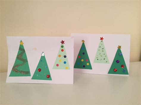For many people, christmas is the favorite season of the year for crafting. Super Simple Christmas Card Craft - Little Squigglers