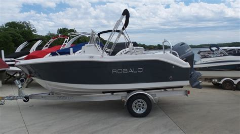 Boat Motors For Sale Green Bay Wi by 2016 Robalo R180 18 Foot 2016 Robalo Motor Boat In Green