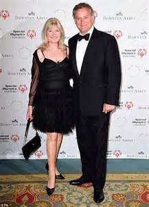 Joanne Froggatt oozes elegance in sleeveless evening gown ...